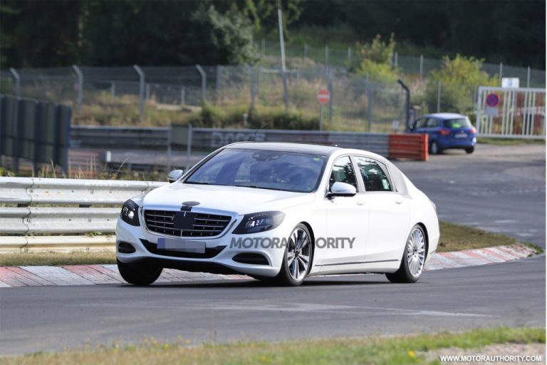 Mercedes-Benz S-Class Maybach Spied