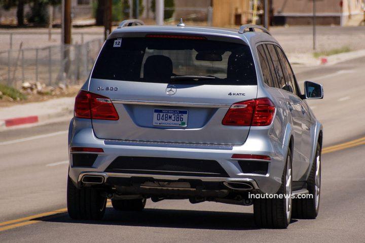 Spied-Mercedes-GL-Facelift-05
