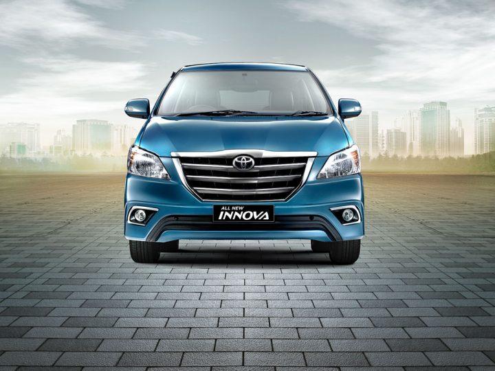 Toyota Innova Front