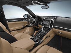 2014 Porsche Cayenne Platinum Edition3