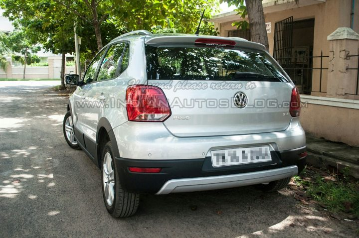 2014-VW-Cross-Polo-facelift-IAB-rear
