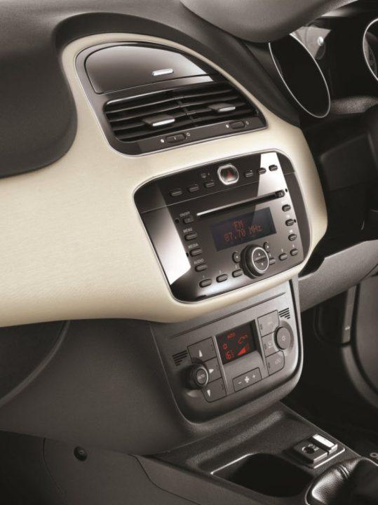 Fiat Punto Evo Interior Centre Console