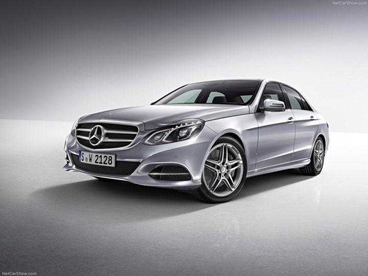 Mercedes-Benz-E-Class_2014_1024x768_wallpaper_5b