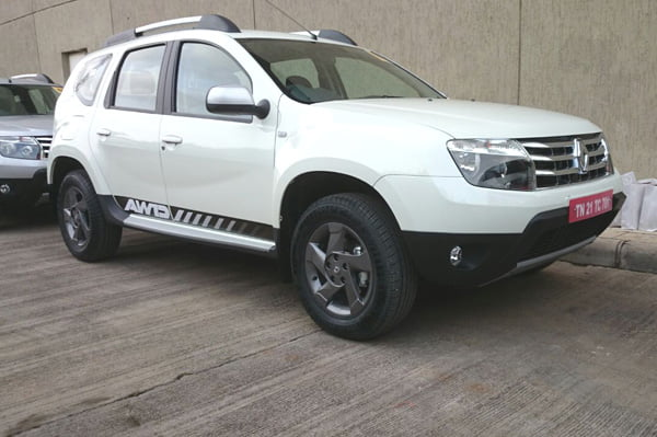 Renault Duster 4x4 Front Right