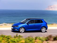 new-skoda-fabia-india-pics-side