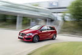 2015-Mercedes-B-Class-Front-Angle-2