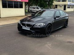 BMW-M5-facelift-front-three-quarters-right-in-India-1024x765