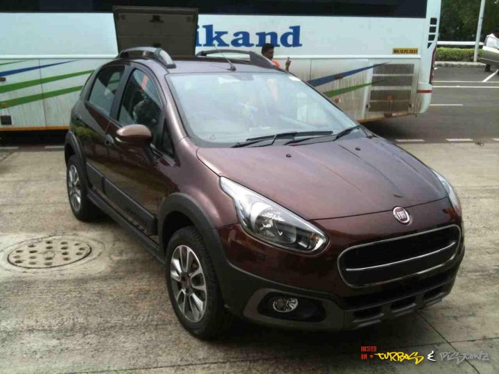 Fiat Avventura Bronze Tan Paint Front Right Quarter