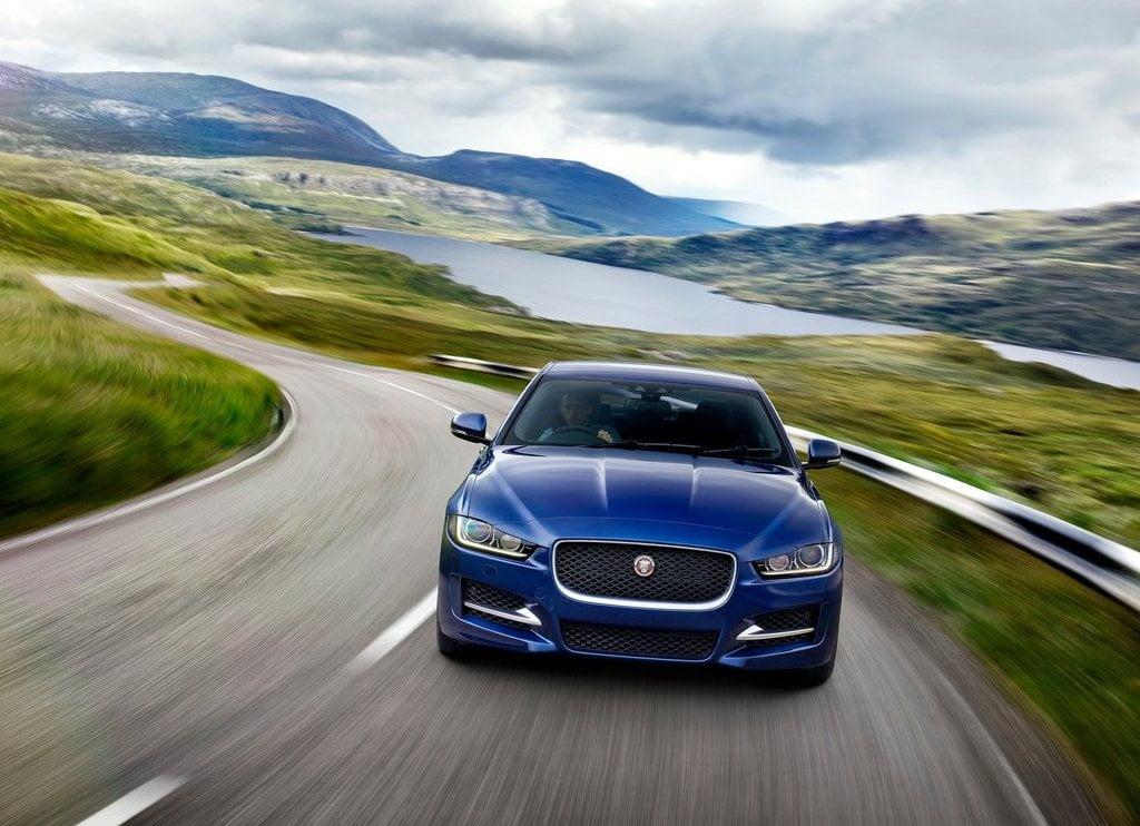 Jaguar XE Front Dynamic CarBlogIndia - 2015 jaguar xe