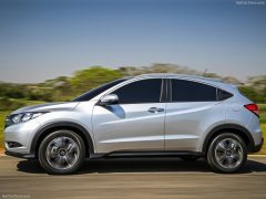 Honda-HR-V_2015_800x600_wallpaper_07