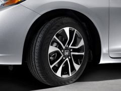2014-honda-civic-sedan-wheels-images