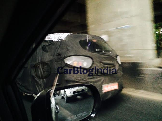 mahindra-s101-spy-picture-rear-4