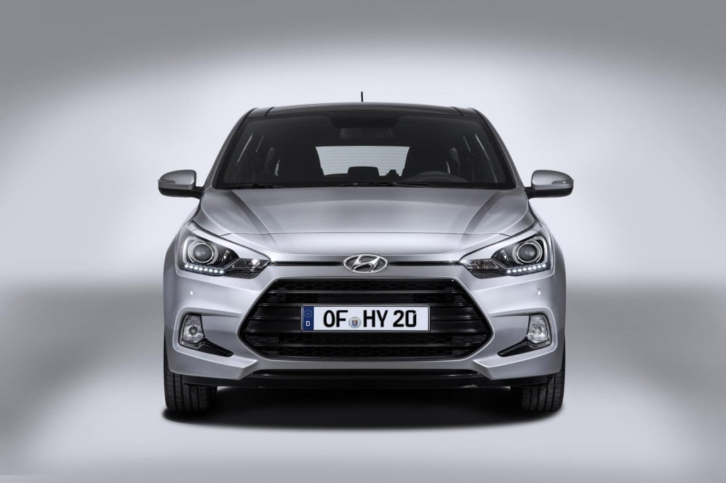 New 2015 Hyundai I20 Coupe Images And Details Revealed