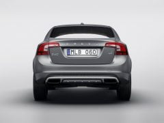 2016-volvo-s60-cross-country-images-rear