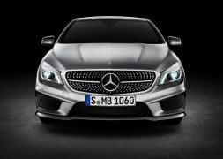 Mercedes-Benz-CLA-Class_2014_800x600_wallpaper_5a