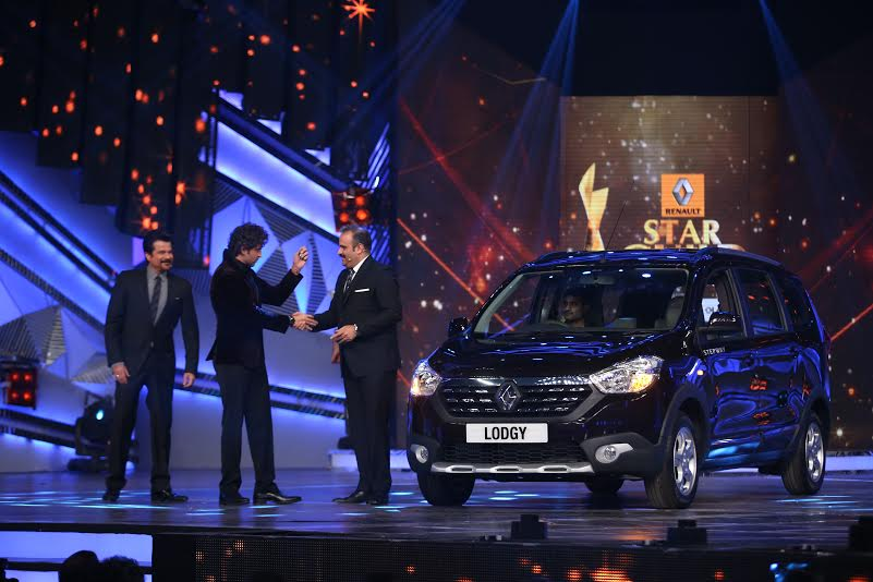Renault Lodgy Price in India, Specifications, Review and ...