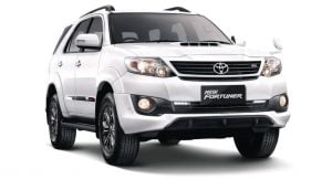 toyota-fortuner-2.5-trd-sportivo-front