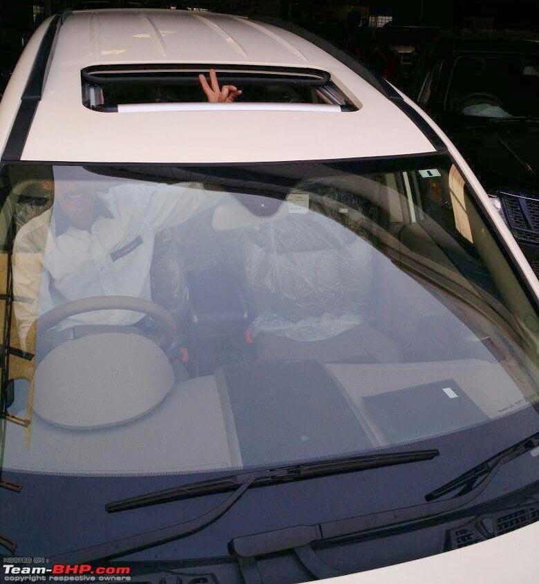 Mahindra Xuv500 Xclusive Edition Sunroof Pics 2 Carblogindia