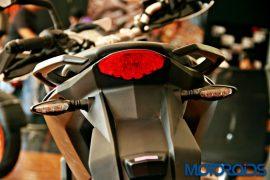 ktm-duke-390-2015-model-pics-2