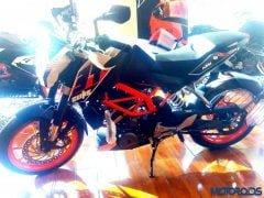 ktm-duke-390-2015-model-pics-3