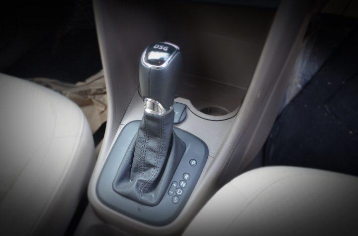 skoda-rapid-dsg-gear-lever