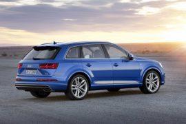 Audi Q7 e-tron pics rear