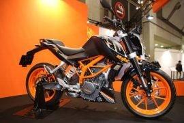 KTM-Duke-250-pics-side