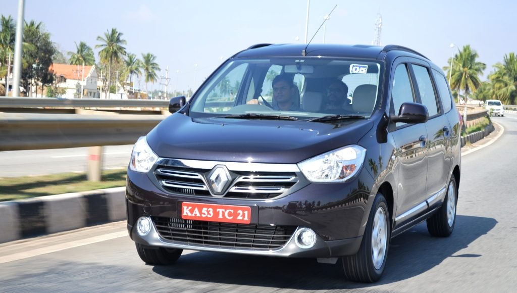 Renault Lodgy Review By Car Blog India (3)