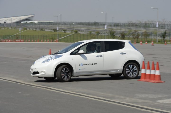 nissan-leaf-Upcoming Cars under 30 lakhs