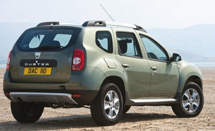 renault-duster-awd-1200cc-petrol-rear