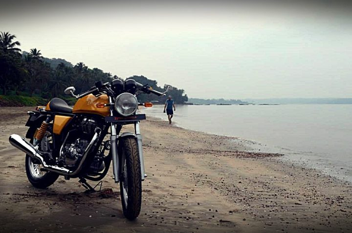 bike price drop after gst - royal enfield continental gt yellow colour