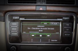 skoda-superb-diesel-automatic-review-india-pics-audio-system