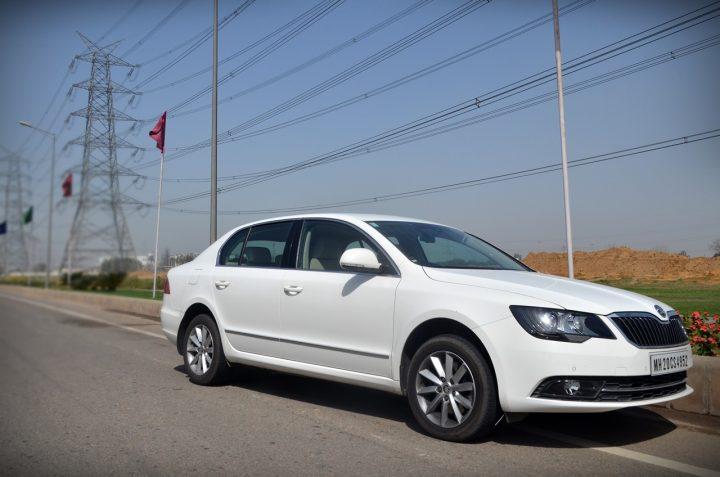 skoda-superb-diesel-automatic-review-pics-1