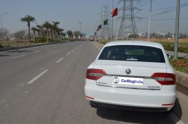 skoda-superb-review-pics-rear