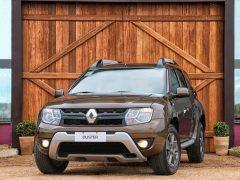 2015-Renault-Duster-facelift-front-Brazil-pics