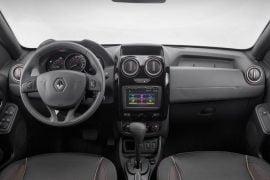 2015-Renault-Duster-facelift-interior-Brazil-pics