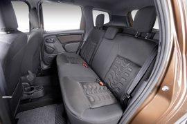2015-Renault-Duster-facelift-interior-Brazil-rear-seat-pics