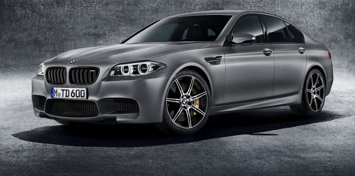 cars of sachin tendulkar BMW-M5_30_Jahre