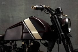 Modified-Royal-Enfield-Scrambler-Machismo-Tank-Side