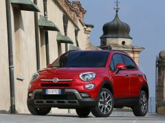 fiat-500x-india-pics-red-front-quarter