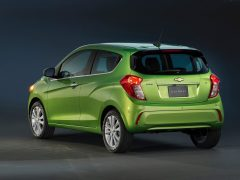 new-model-chevrolet-beat-pics-rear-angle