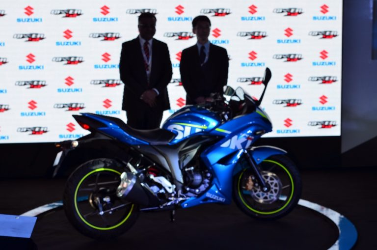 Suzuki Gixxer SF Faired Bike Launched; Price- 83439/- [Pics & Details]