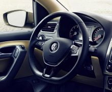 Volkswagen-Vento-2015-Model-Pics-interior-steering