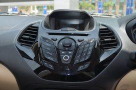 ford-figo-aspire-pics-front-centre-console