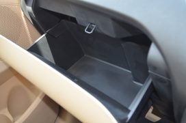ford-figo-aspire-pics-glove-compartment