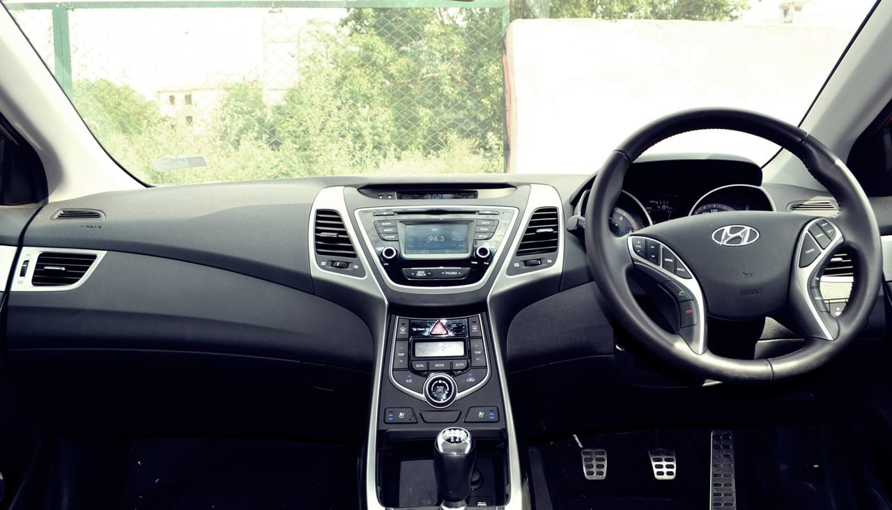 of interior version elantra review s timothy hyundai sport image cain best