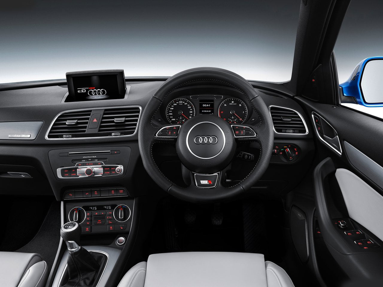 2015 model audi q3 india launch details price pics specs. Black Bedroom Furniture Sets. Home Design Ideas