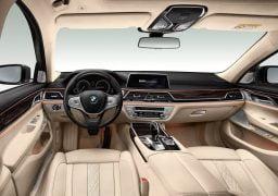 2016 BMW 7 Series 10