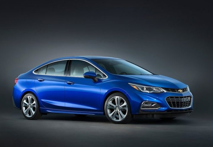 chevrolet cars at auto expo 2018 new chevrolet cruze sedan