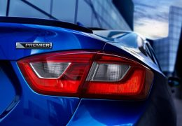 Chevrolet-Cruze-2016-tail lamp